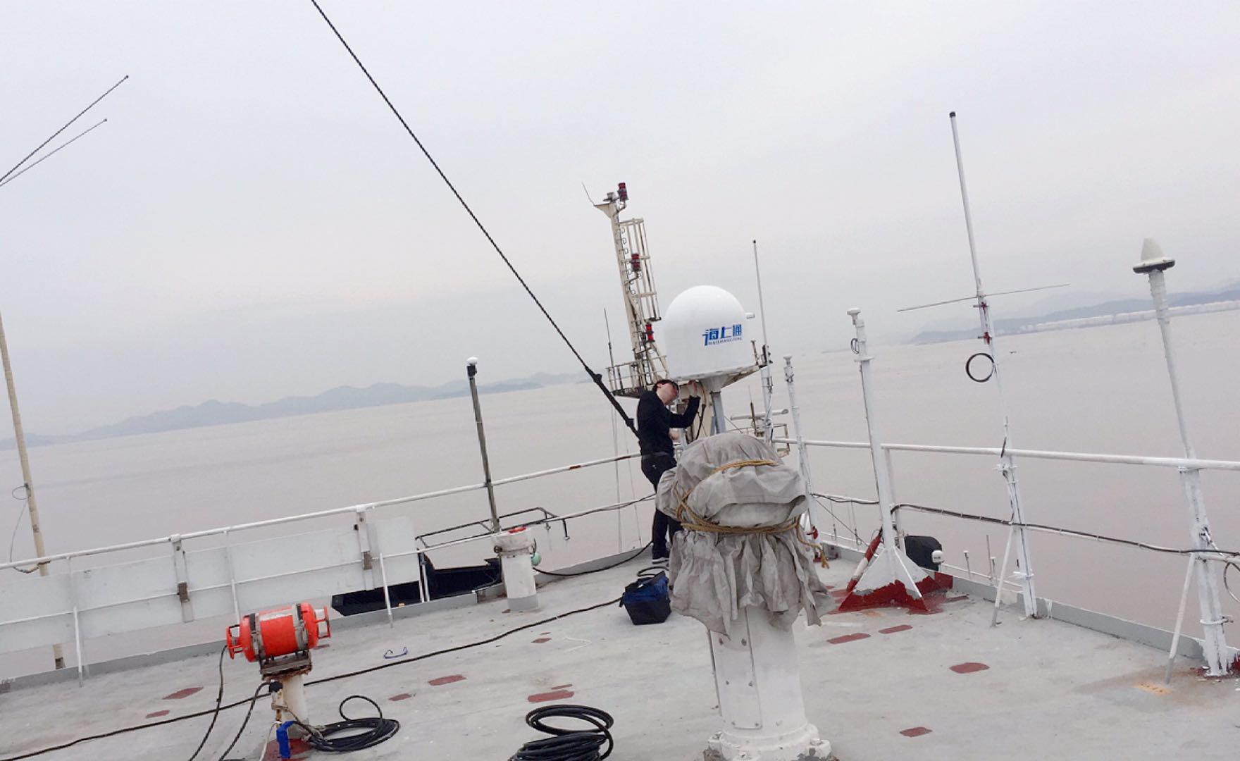 海上通卫星设备安装.jpg