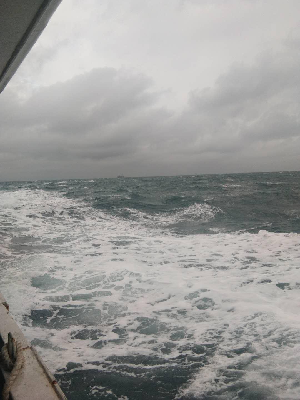 船员被困.jpg